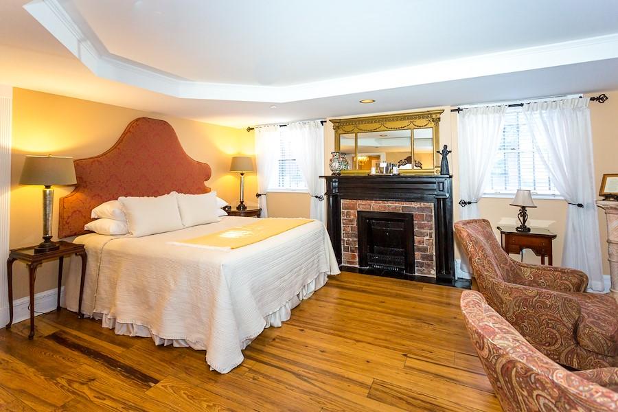 The Emma Kelly Room | Kehoe House Savannah