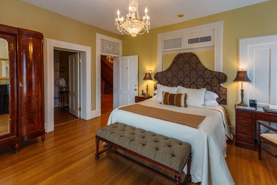 Oglethorpe Room | Kehoe House Savannah
